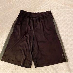 Boys Reebok Play Dry Athletic Shorts Large